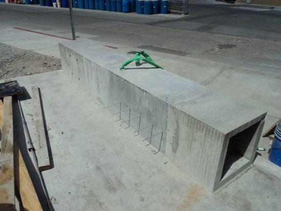 Precast concrete column