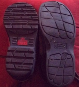 Bottom of women's shoe (left) and bottom of men's shoe (right) of comparable size